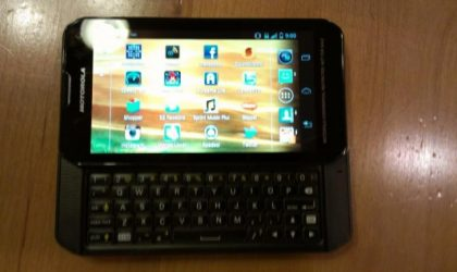 Motorola QWERTY Slider Phone Spotted, Should be Heading for Sprint
