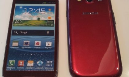 Red Galaxy S3 for Canada coming soon, dummy units reach Bell and Virgin Mobile stores