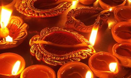 Android Apps for Diwali – SMS, Greetings, Pooja, Live Wallpapers, etc.