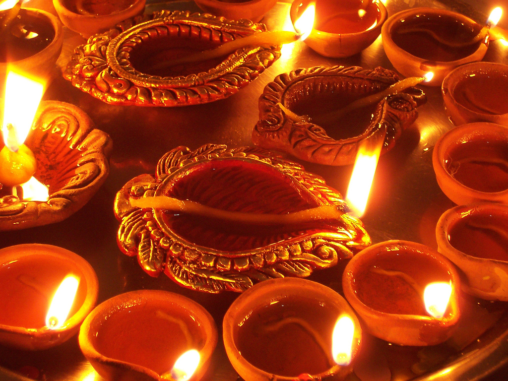 Android Apps For Diwali Sms Greetings Pooja Live Wallpapers Etc