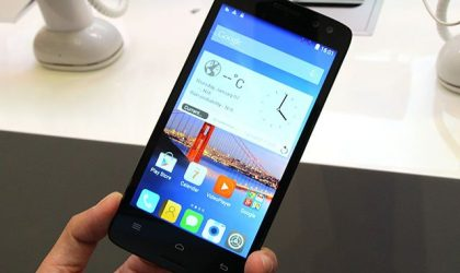 InFocus M550 is a smartphone with glasses-free 3D display