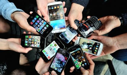 Smartphone boom saturates markets, manufacturers consider new destinations and improved devices