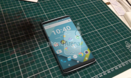 Alleged pictures of OnePlus 2 show both sides of smartphone
