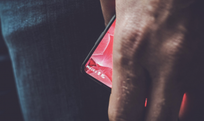 Android creator Andy Rubin teases his upcoming bezel-less smartphone