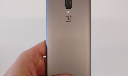 The OnePlus 5 prototype confirms dual camera, but real design remains a secret