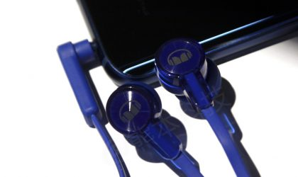 Huawei Honor 9 may ship with high quality earphones