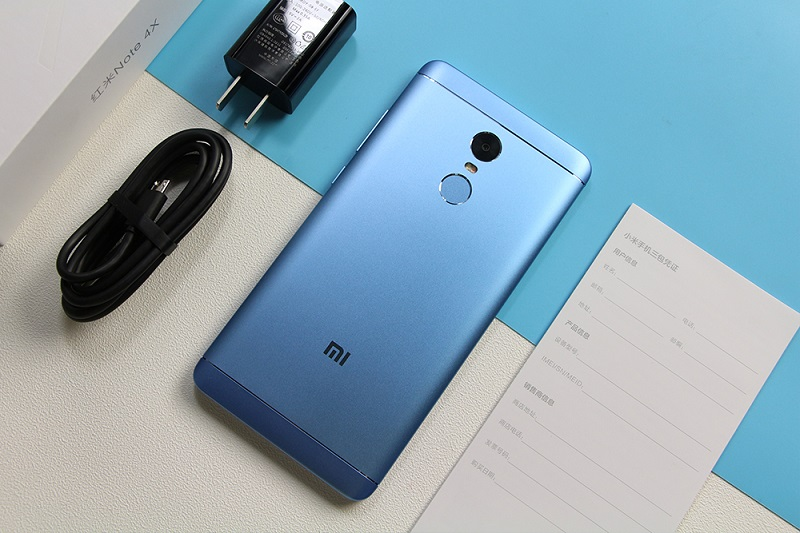 Xiaomi Redmi Note 5 Pro Wallpaper With Abstract Blue Light: Xiaomi Redmi Note 4X Blue Color Goes On Sale In China