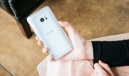 Verizon pushes update to HTC 10 with November security patch