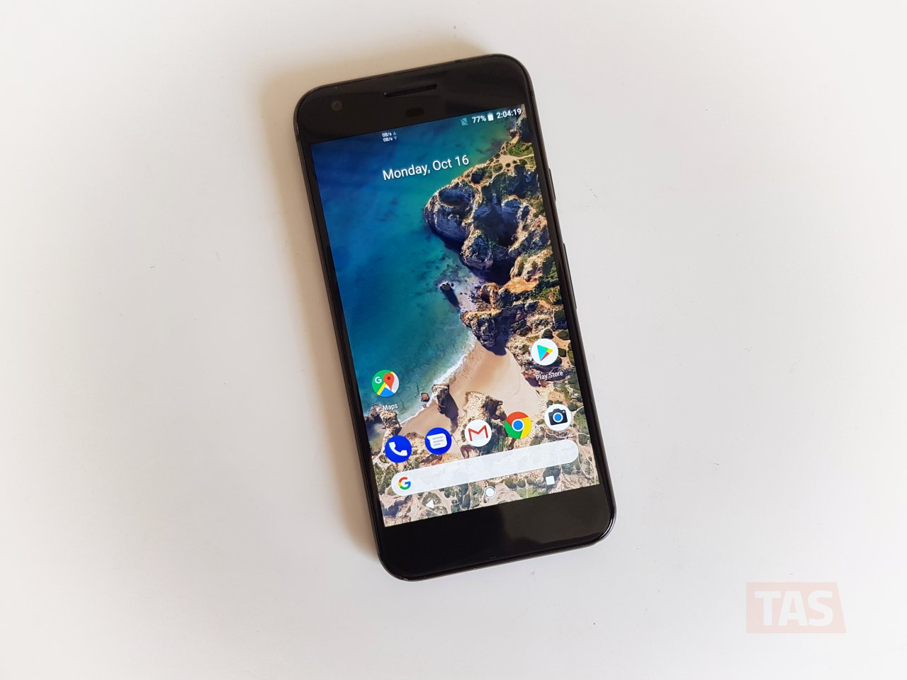 FYI: You cannot remove Google search bar at bottom on Pixel 2 Launcher