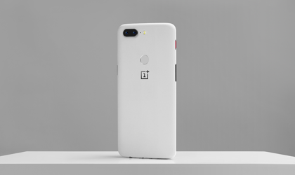 OnePlus 5T Sandstone White variant is now official, sales open on January 9th