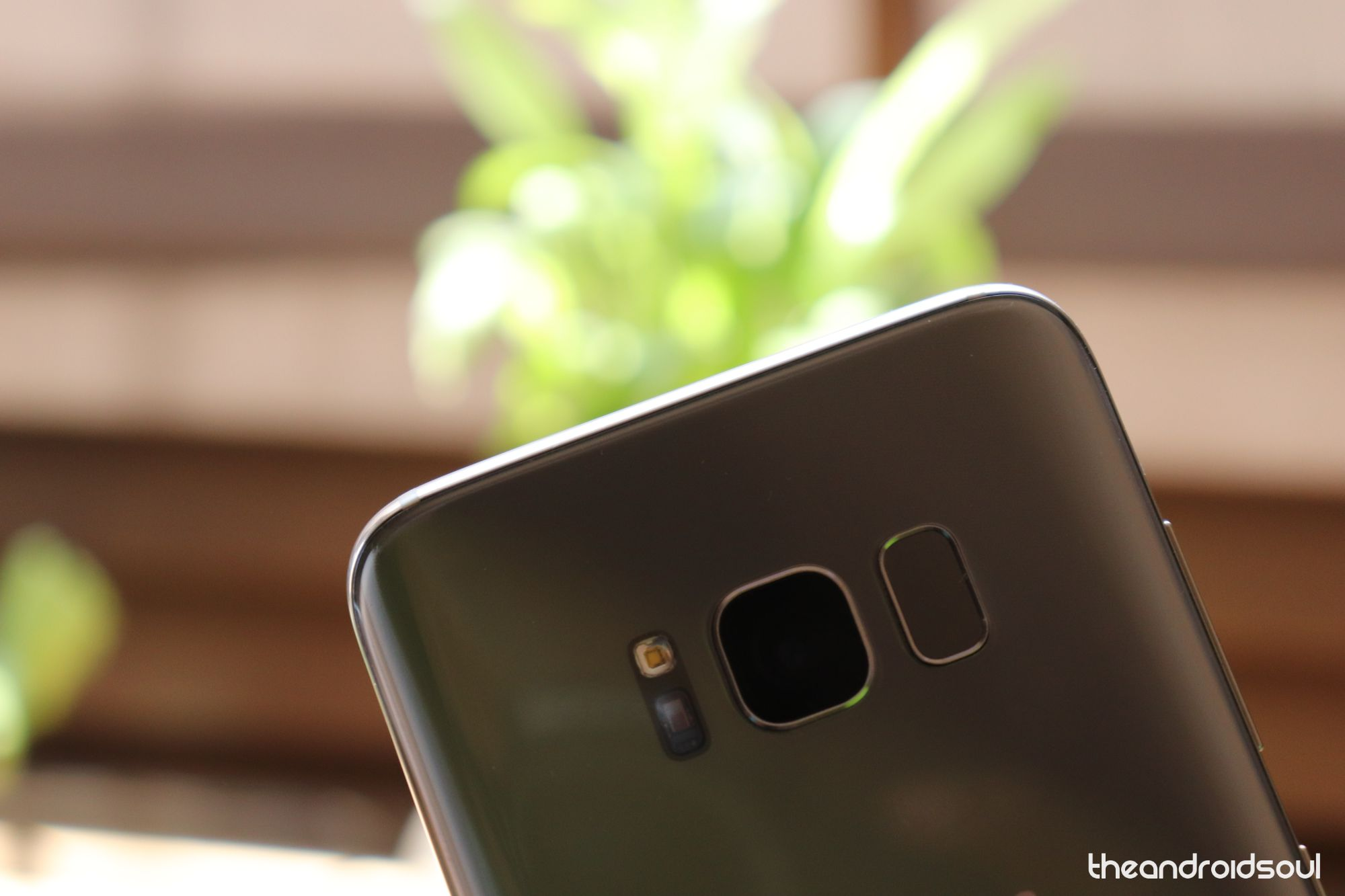 How to fix the screen dimming problem on the Galaxy S8