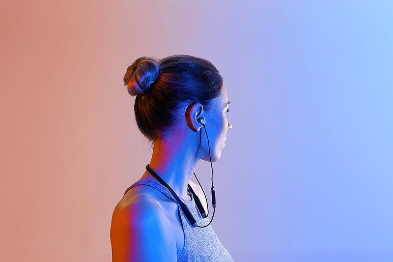 06-RHA-MA650-Wireless-Earbuds