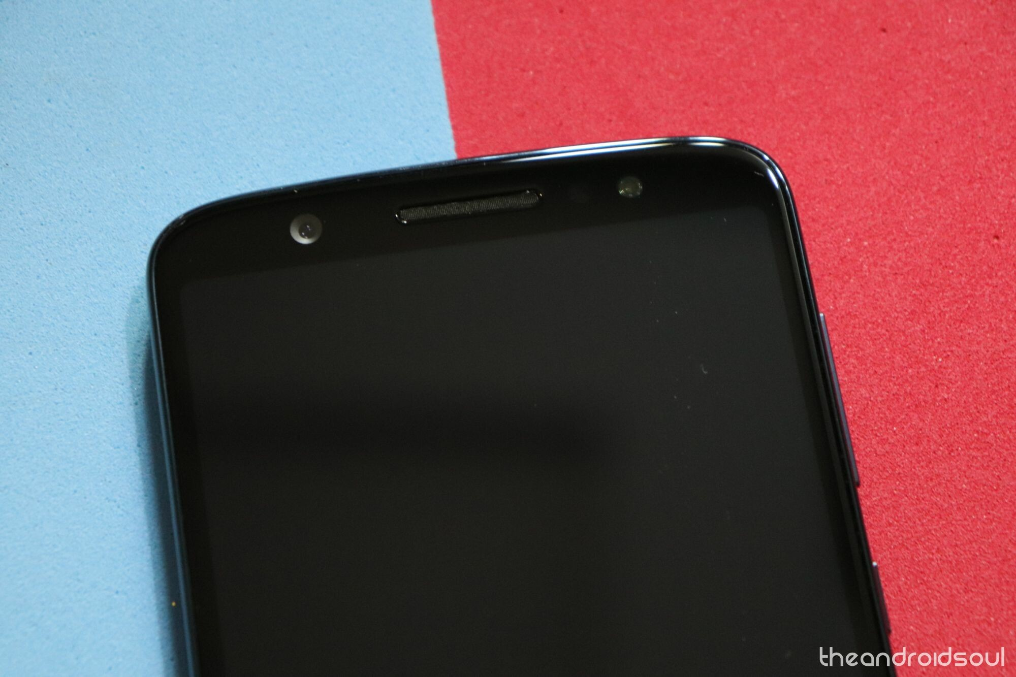 Motorola Moto G6 Play and Moto E4 in the US receive updates carrying