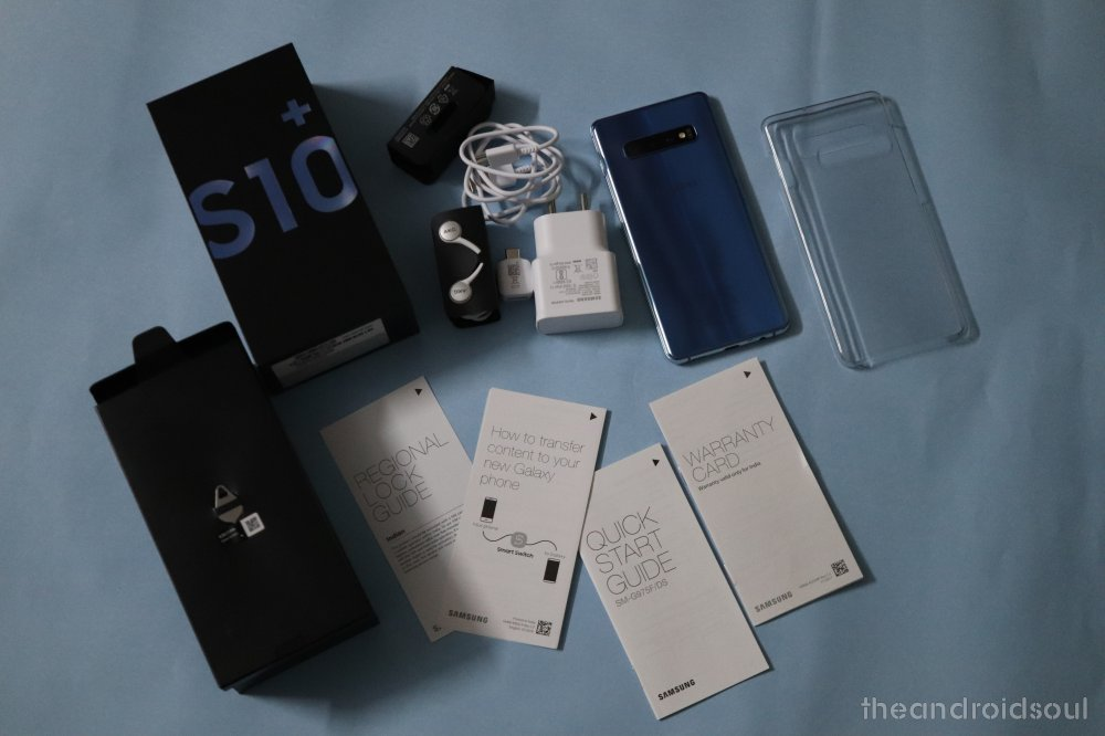 Galaxy-S10-box-content