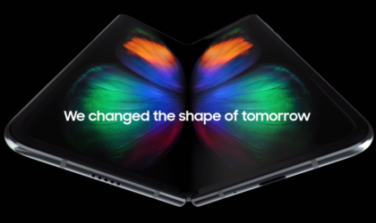 Samsung is open to Apple and Google using its foldable screens
